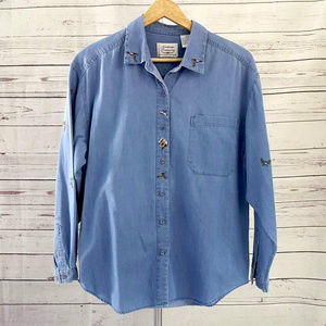 Northern Treasures chambray winter embroidered top